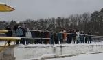Pokaz technik ratowania tonących pod lodem